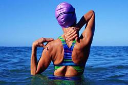 Плавание - частая причина вылета плечевого сустава
