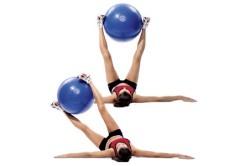 Упражнения с фитболом для тазобедренных суставов