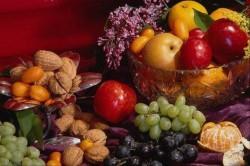 Фрукты и орехи для лечения ревматоидного артрита