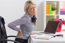 Сидячий образ жизни - причина боли позвоночника