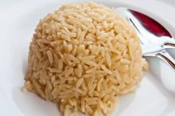 Бурый рис - наилучший вариант для чистки суставов от солей