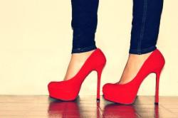 Высокие каблуки - причина артроза таранно-пяточно-ладьевидного сустава