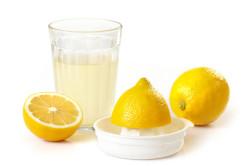 Польза сока лимона при подагре